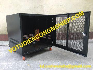 Tủ Mạng Tủ Rack 10U-D500 Có Bánh Xe Sơn Tĩnh Điện Tại Hà Nội