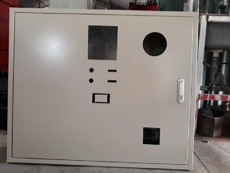 vỏ tủ điện âm tường trong nhà
